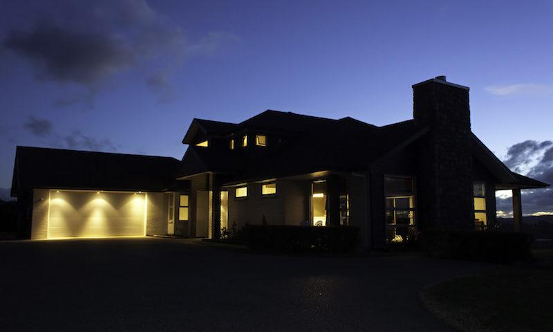 winter exterior lighting